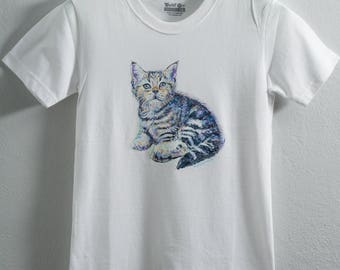 Cute kitten,hand apinting on shirt
