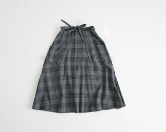 70s plaid skirt | wrap skirt | grey and blue plaid skirt