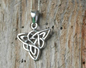 Vintage Sterling Silver Celtic Knot style Pendant / Necklace