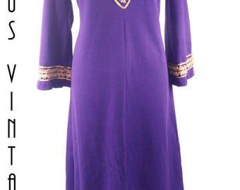 "Plus Size UK 16 Vintage 1960s Kaftan Maxi Dress Purple Gold Braid Beatles Hippy Carnegie EU 44 US 12 Bust 42"" 107cm"