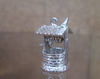 Sterling Silver Bracelet Charm WISHING WELL, Water Bucket Vintage 1940s Detailed
