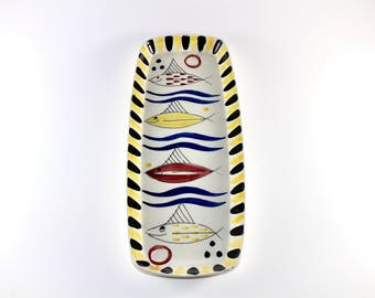 Inger Waage - Stavangerflint - Handpainted oblong ceramic dish with fish - Made in Norway.