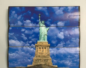 Statue of Liberty Wooden Wall Decor