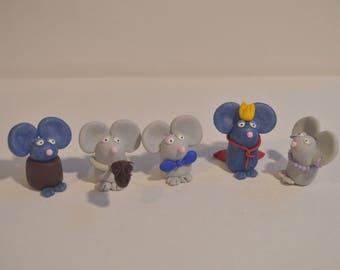 A Mouse Chess Set