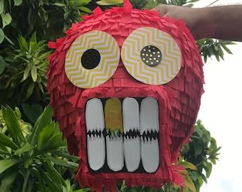 Hit To Break - Red Skull Piñata