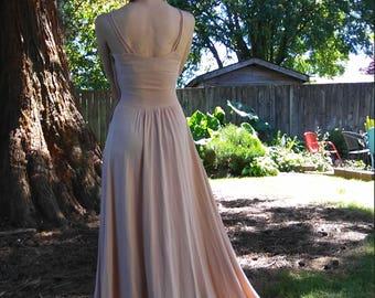 1940s pale pink rayon jersey maxi dress // xs-small