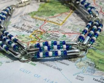 Dark Blue, Turquoise, & White Bead Bracelet