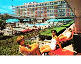 Marriott Motor Hotel Postcard Washington D.C. Postmarked 1961 East Coast U.S. Travel Souvenir 60s Swim Suit Fashion Vintage Stamp Posted