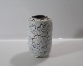 Gorgeous little vase by Albert Kiessling,, Schrumpfglasur, VEB, East Germany