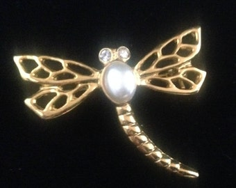 Vintage dragonfly brooche