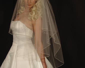 "Pearls Scattered 34""/42"" Circle Veil with Pencil Edge"