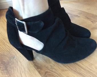 Vintage black boots sizzle 9