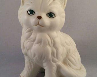 Vintage White Persian Cat - Kitty Figurine with Green Eyes and Brown Nose - Gift for Cat Lover - Cat Collector