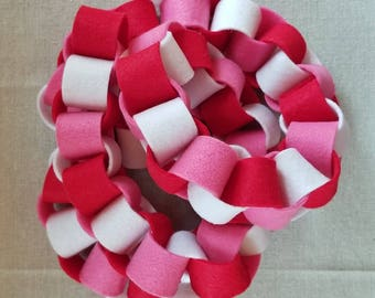 Felt Chain Garland, Pink, Red, White, Valentines Day, Mothers Day, Birthday, Wedding Decor Various Sizes