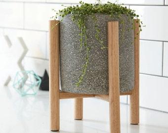 Small pot planter with timber legs - Christo Series - GREY TERRAZZO