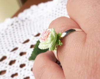 Crochet rose flower ring, Pink and green ring, Crochet summer flower accessories, Small rose jewelry, Miniature crochet ring, Botanical ring