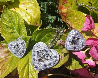 Silver steampunk polymer clay hearts ornament