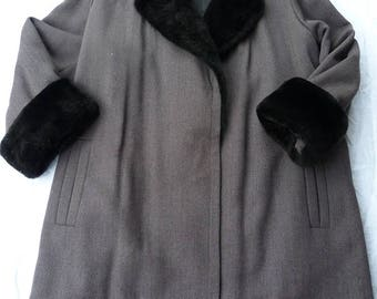 Yves Saint Laurent gray tweed coat and fur ragodin size 40 L size