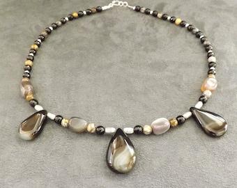 Agate Teardrop Necklace