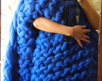 Merino Wool Blanket. Chunky Arm Knit. Bulky Knit. Oversized Knit Blanket. Extreme Knit. Wedding gift. Housewarming gift. Christmas gift,