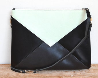 """Large pouch leather with black and light green shoulder """"WARNA"""""""