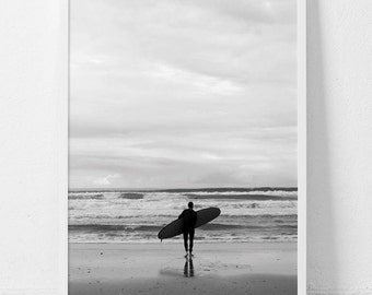 Surf print, Surfing print, Surf Art, Surfing photography, Black and white print, Digital wall art, Monochrome print, Surf, Ocean print,
