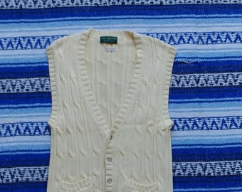 Vintage Vest - Very nice sweater vest - Large