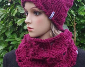 Neck warmer/Loop in Bordeaux