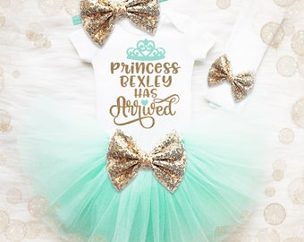 Baby Shower Gift Girl | The Princess Has Arrived | Coming Home Outfit Girl | Daddy Shirt | Baby Girl Gift | Baby Girl Hospital Outfit