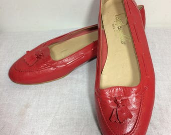 US 6.5 | vintage Pappagallo red leather slip-on loafers flats w/ tassel, made in Italy