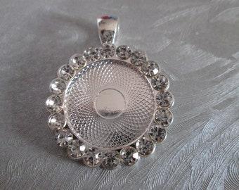 a pretty Silver Pendant with Rhinestones support cabochon 20 mm