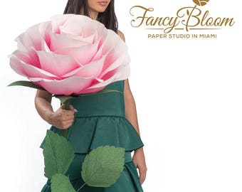 OMBRE color Giant Paper Rose/ Free Standing Flower Rose/ Self Standing Flower/ Giant Paper Flower Giant Roses Large Paper Flower/ FancyBloom