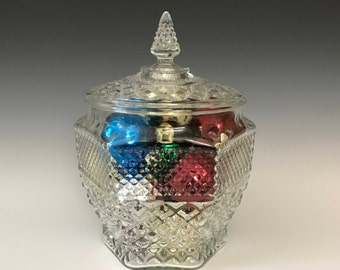 Wexford Clear Cookie Jar with Lid - Vintage Kitchen Canister - Centerpiece - Clear Glass Storage Jar - Anchor Hocking Glass