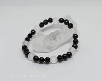 Tourmaline bracelet / frosted Quartz