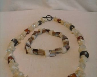 Abalone, crystal and bead necklace and bracelet 80s
