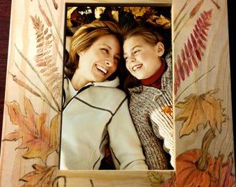 Personalized fall home decor - fall photo frame -autumn decor - family photo frame - family picture frame - autumn leaves - autumn sign -
