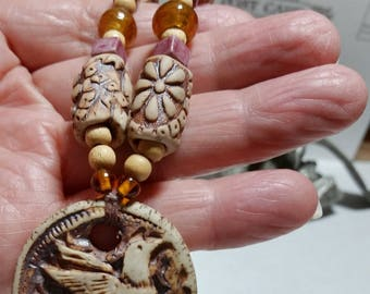 ESTATE JEWELRY Beaded Earth Toned Necklace with Bird Pendant