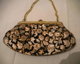 Embroidered clutch evening bag / S 30