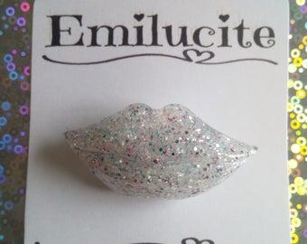 Translucent Lips Brooch