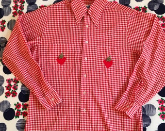 Vintage Red White Gingham Checkered Pointy Dagger Big Collar Long Sleeve Campus Shirt With Strawberry Patches