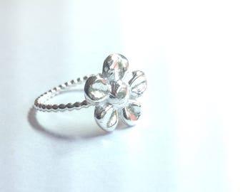 Handmade fine silver Daisy ring