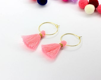 Hoop tassel earrings (Neon Pink)