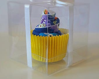 Mini monster cupcake bib