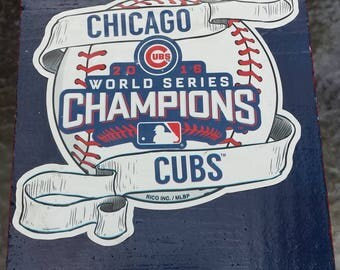 Chicago Cubs Baseball~World Series Champs Handmade~Wood Birdhouse~Outdoor~Garden/Yard~Lawn Ornament~Tree Art~Wildlife~MLB Sports Memorabilia
