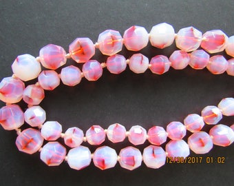 Vintage Beaded choker, red and cream glass