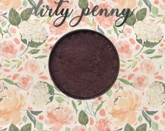 Dirty Penny, 26 mm single pan eyeshadow, shimmer antique copper-bronze