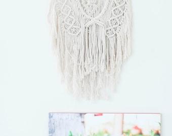 Macrame Wall Hanging || Bohemian Wall Decor|| Boho Wall Hanging || Tapestry || Living room decor