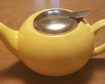 Vintage teapot, yellow teapot, certified international teapot, kitchen decor, vintage kitchenware, ceramic teapot, home decor, little teapot