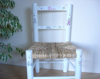 White Chair straw to your child's name