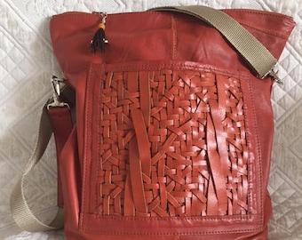 Soft leather Hobo brick